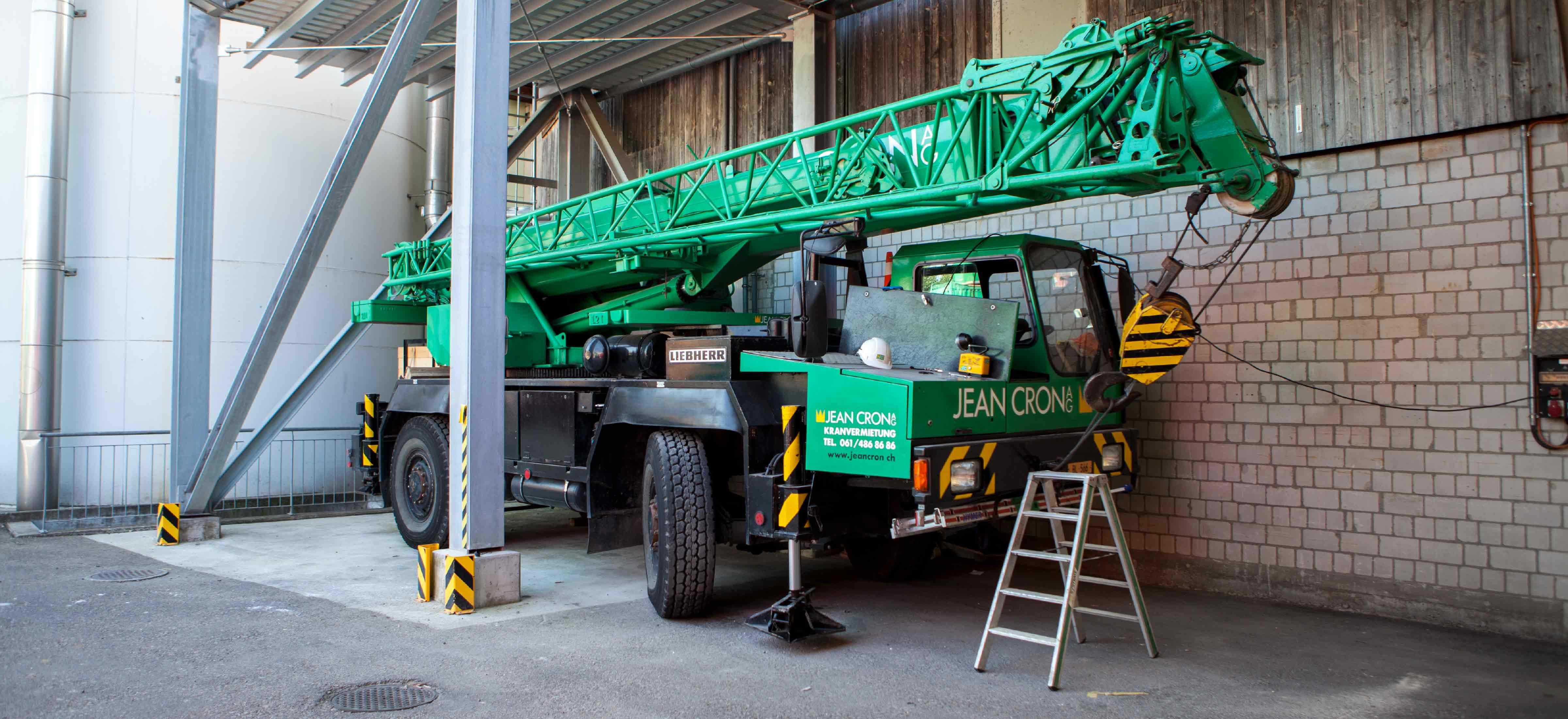 Moderne Baufahrzeuge der Jean Cron AG