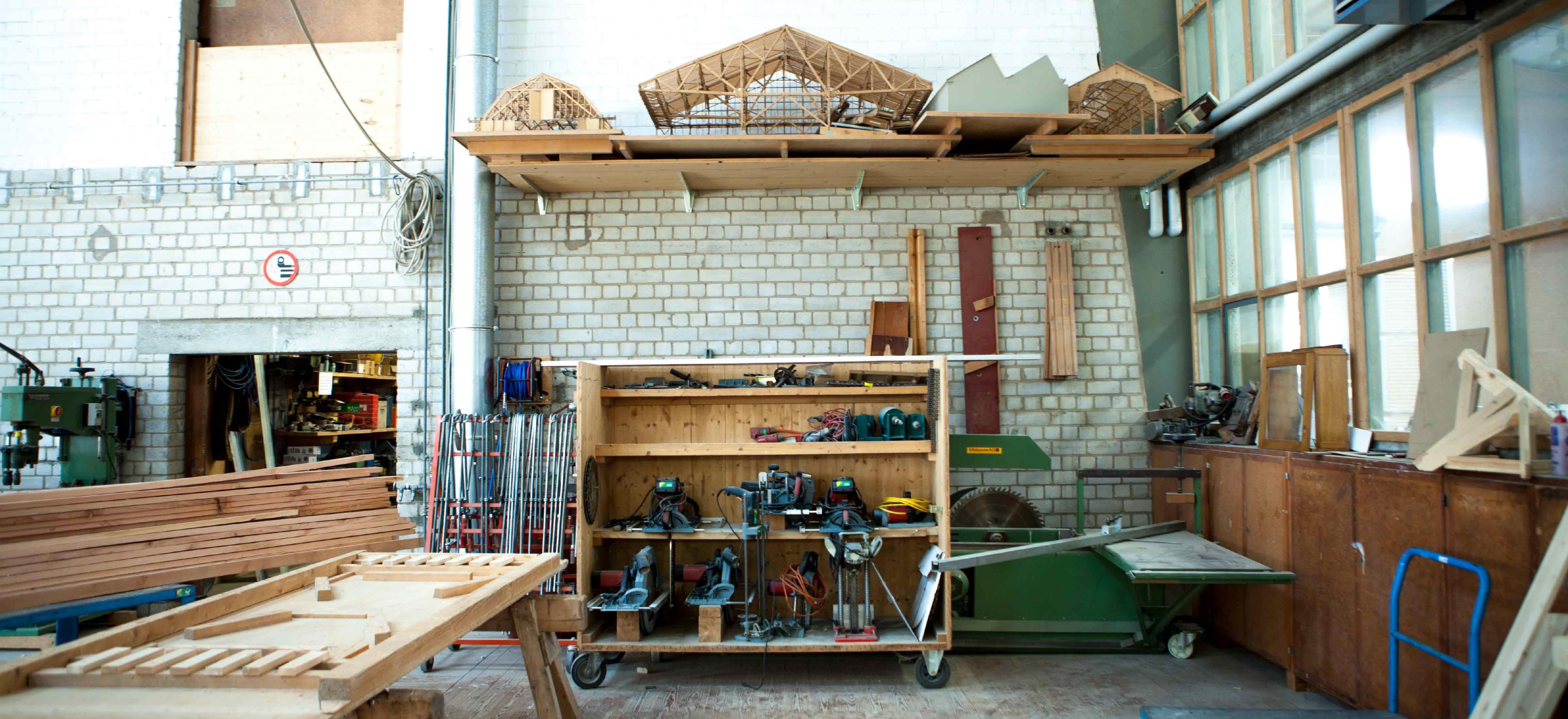 In der Holzbau Werkstatt der Jean Cron AG